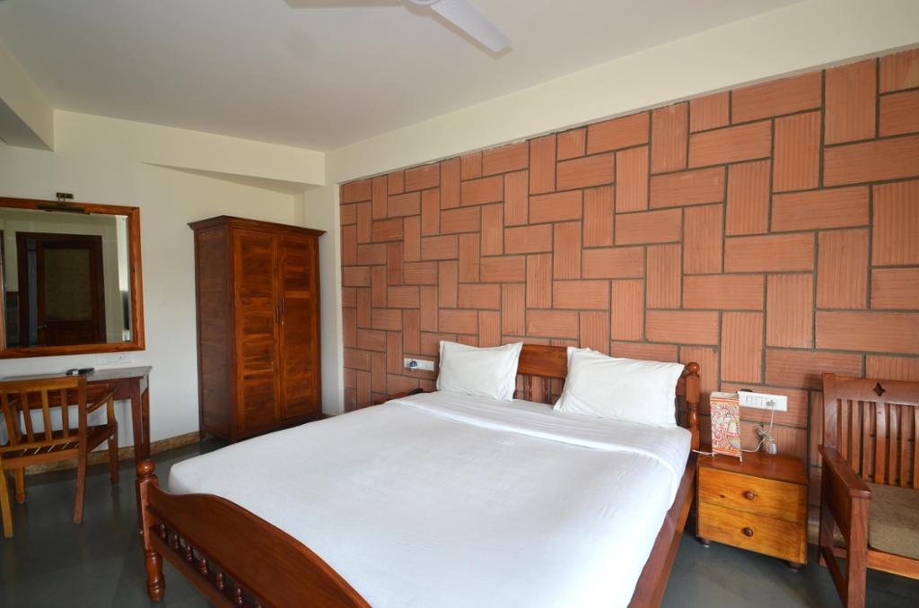 Service Apartments in BTM Layout, Bangalore- Master Bedroom