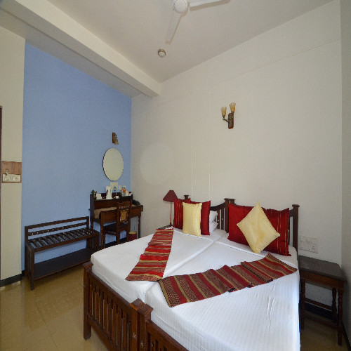Service apartments in Richmond Road, Bangalore - Master bedroom