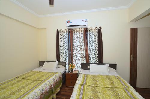 TrustedStay Service Apartments in Kopar Khairane | Mumbai - Master Bedroom