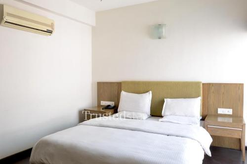 Service Apartment in Ellisbridge, Ahmedabad | Bedroom