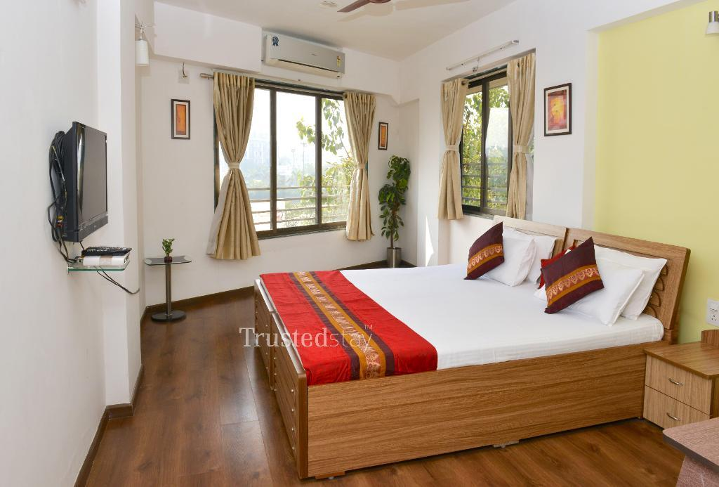 Luxury Service Apartments in Jodhpur | Ahmedabad - Bedroom