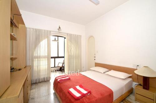 Bangalore Service apartment, Primrose Road - Deluxe Bedroom