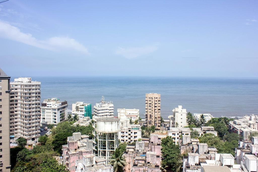 Service apartments in Mumbai - Sea View