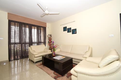 Master bed room | Service apartment in Manyata Tech Park