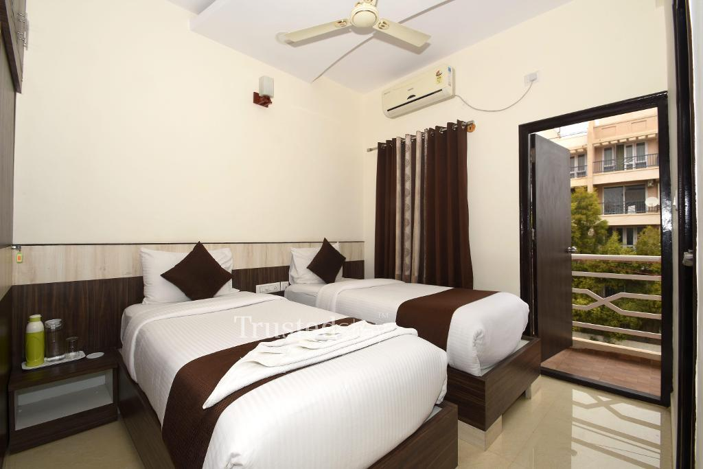 serviced apartments in Manyata Tech Park, Bangalore | Bedroom