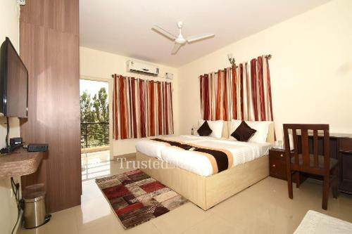 Master Bed room | Service Apartments in ITPL main road, Bangalore