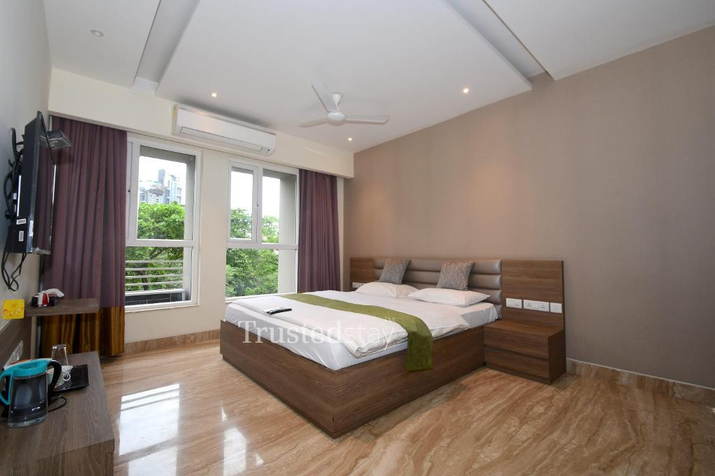 Service Apartment in Eastern Metropolitan Bypass, Kolkata | Master Bedroom