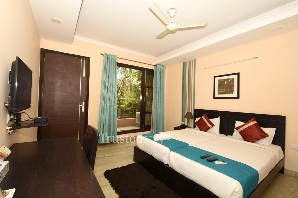 Service Apartments in sector 39, Noida | Bedroom