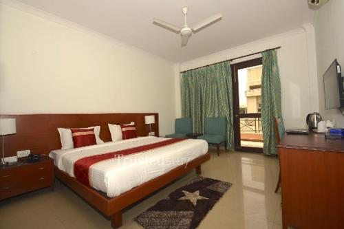 Service Apartment In Gurgaon | Master Bedroom