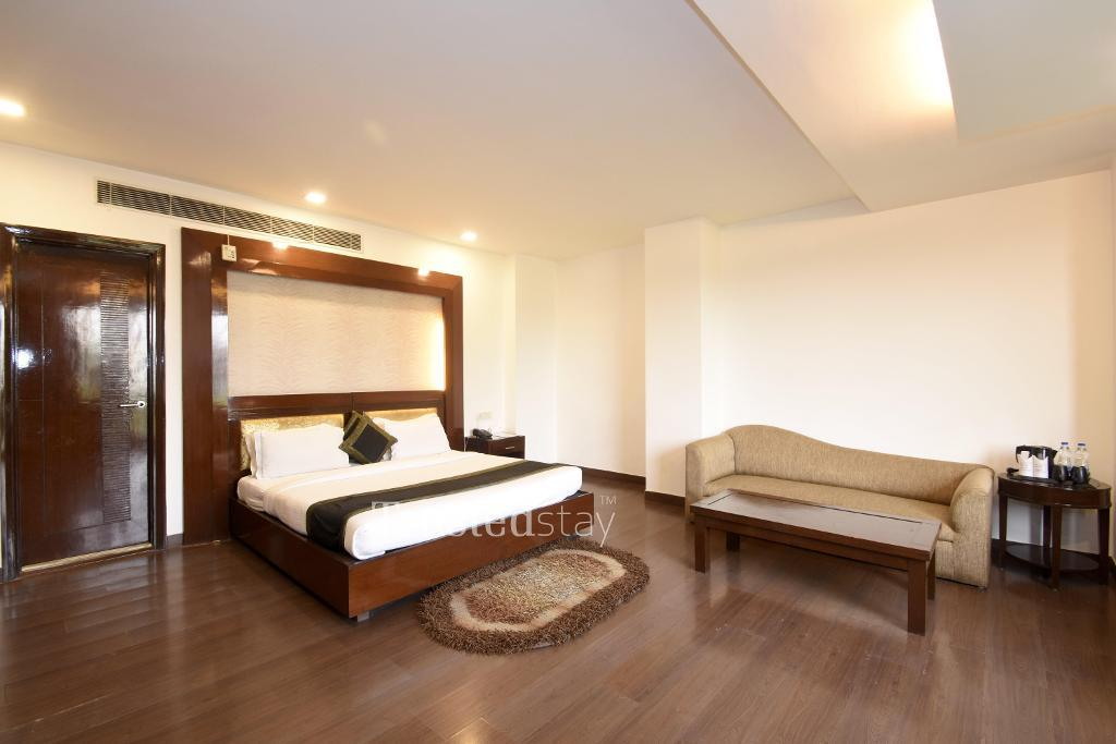 Bedroom|  Fully furnished Service apartments in  Lajpat Nagar, New Delhi