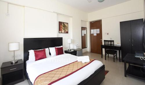 Master Bedroom | Service Apartments in Bandra East, Mumbai