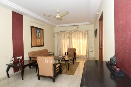Master Bed room | Service Apartments in Prabhadevi, Mumbai