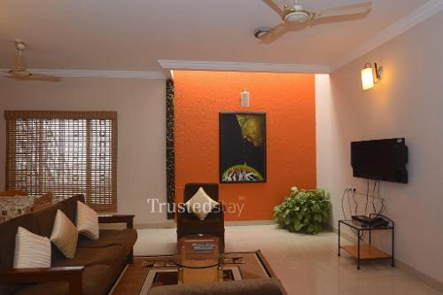 Service Apartments in Ulsoor - Living area