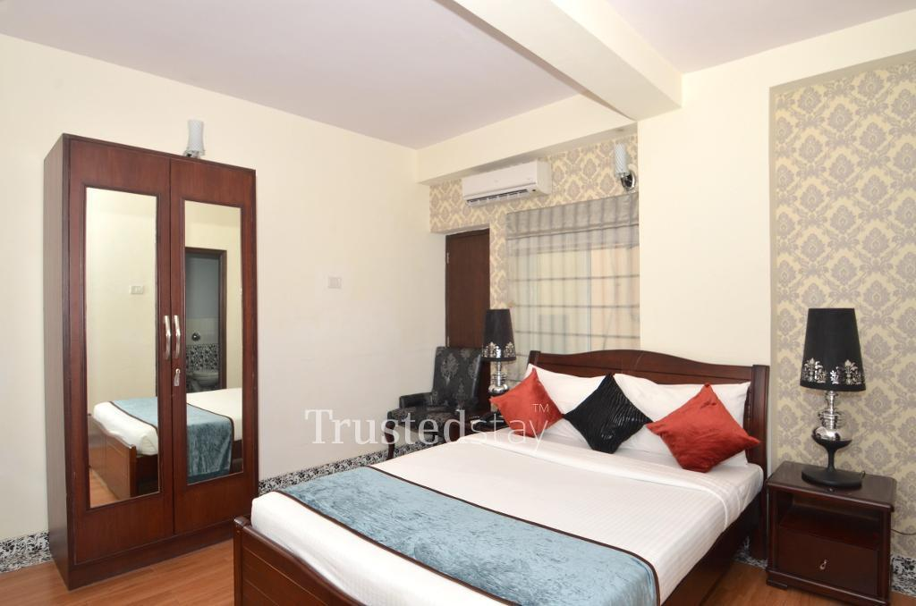 Bedroom at a Trustedstay property in Bangalore | Plot # 12&12/1 ( RESAO1 )