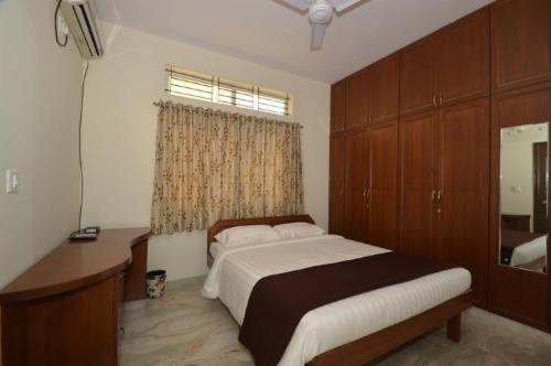 Service Apartments in VHBCS layout, Bangalore - Bedroom