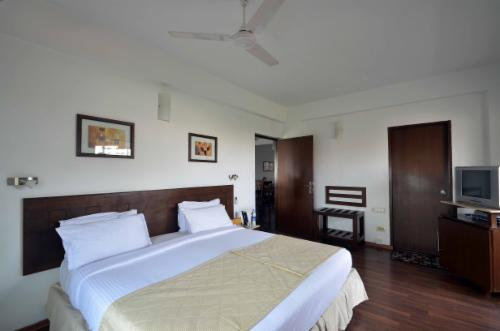 Service Apartments in Egmore, Chennai - Bedroom