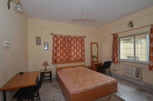 Experience Service Apartments in Ballygunge | Kolkata - Master Bedroom